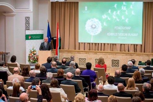 Kormányhivatali szakemberek miniszteri elismerése